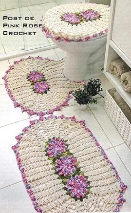 Jogo de banheiro de crochê cru com flores
