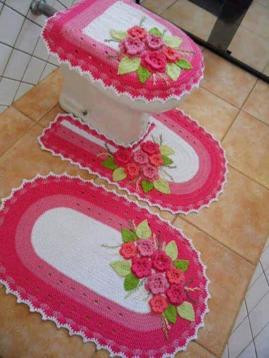 jogo de banheiro de croche borda rosa com flores