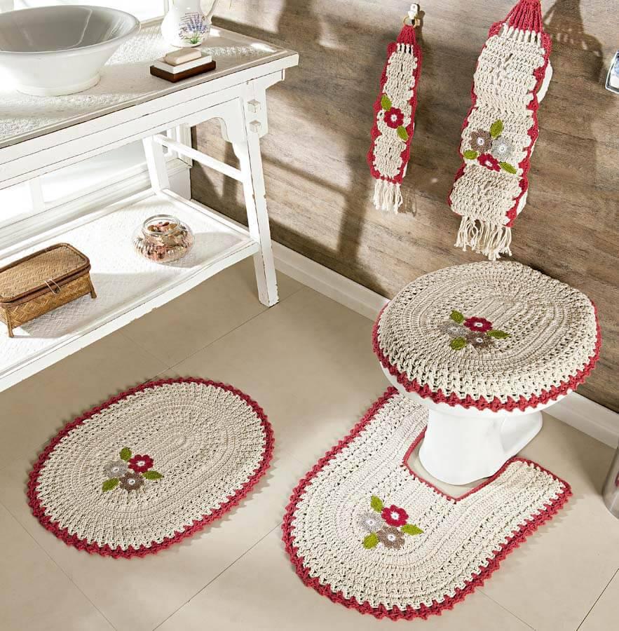 jogo de banheiro de croche branco com bordinha vermelha