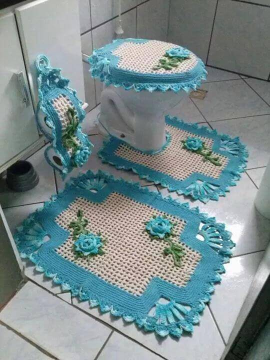 jogo de banheiro de croche com borda azul
