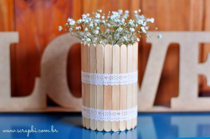 artesanato com palitos de sorvete arranjo
