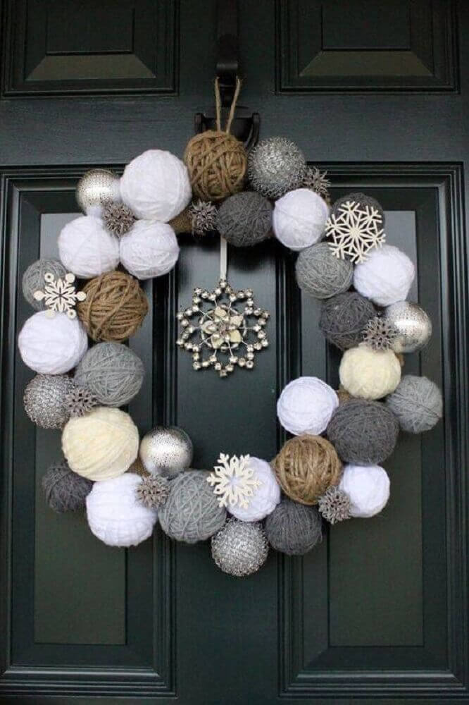 Christmas decorations made of wool