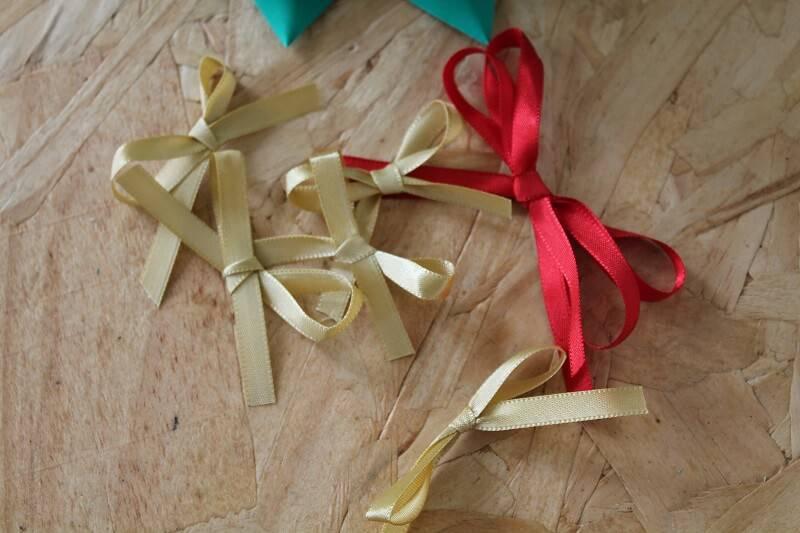 Árvore de Natal de Garrafa Pet passo 9