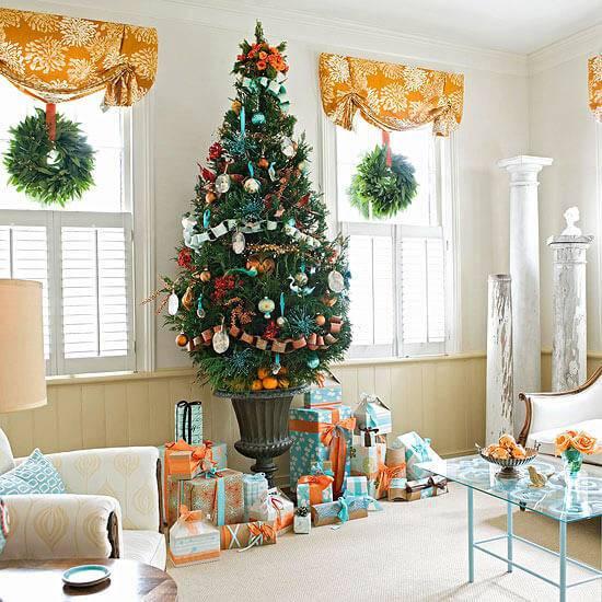 Decoração-de-Natal-sala-decorada-de-laranja-e-azul-1