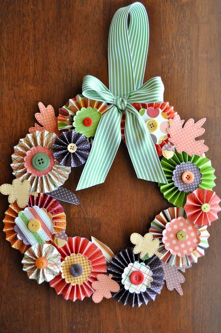 Guirlanda de Natal de papel colorido