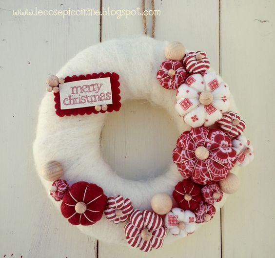 guirlanda de natal com flores de tecido