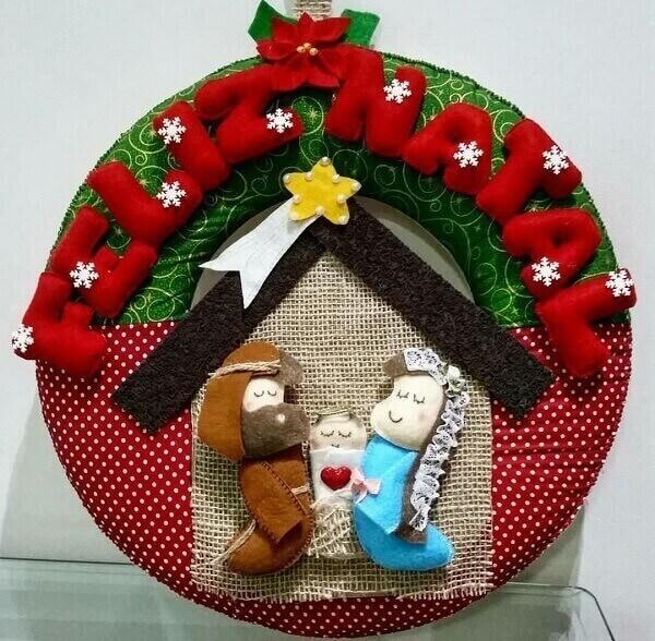Guirlanda de Natal feita com a técnica de patchwork