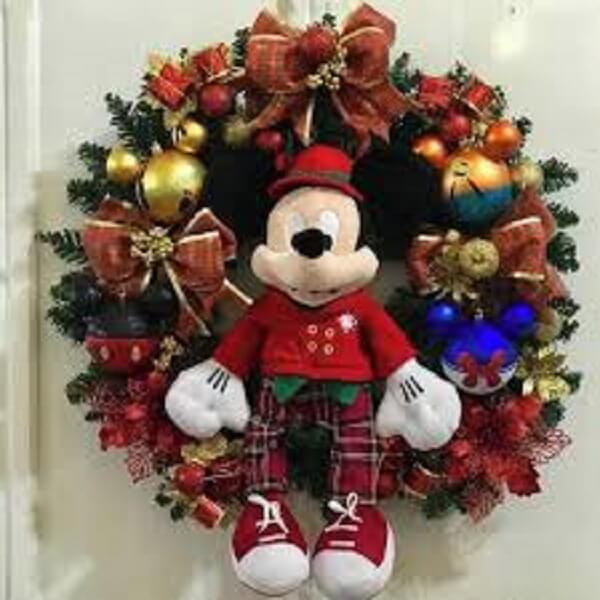 Guirlanda para Natal feita com o personagem Mickey