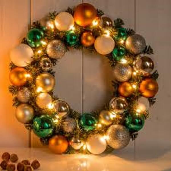 Guirlanda para Natal feita com bolinhas