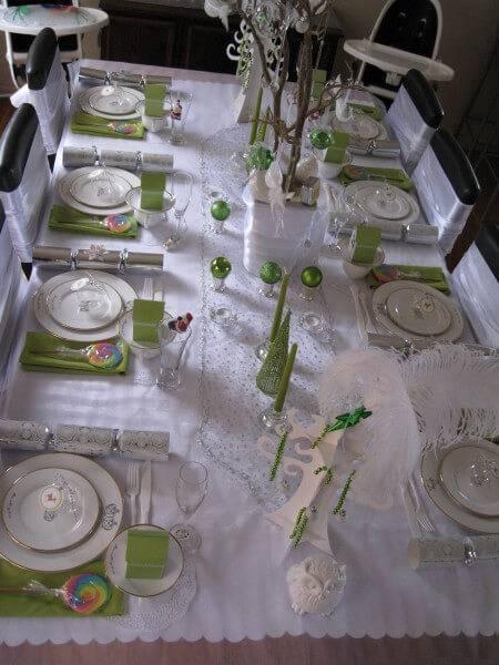 mesa de natal branca e verde