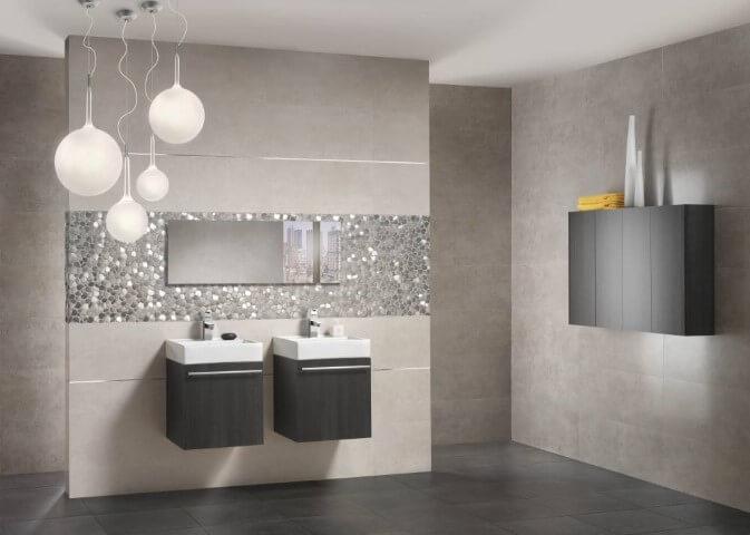 Cerâmica para banheiro escuro no chão e claro na parede