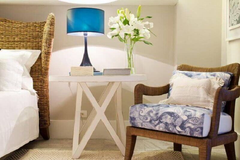 abajur azul para quarto