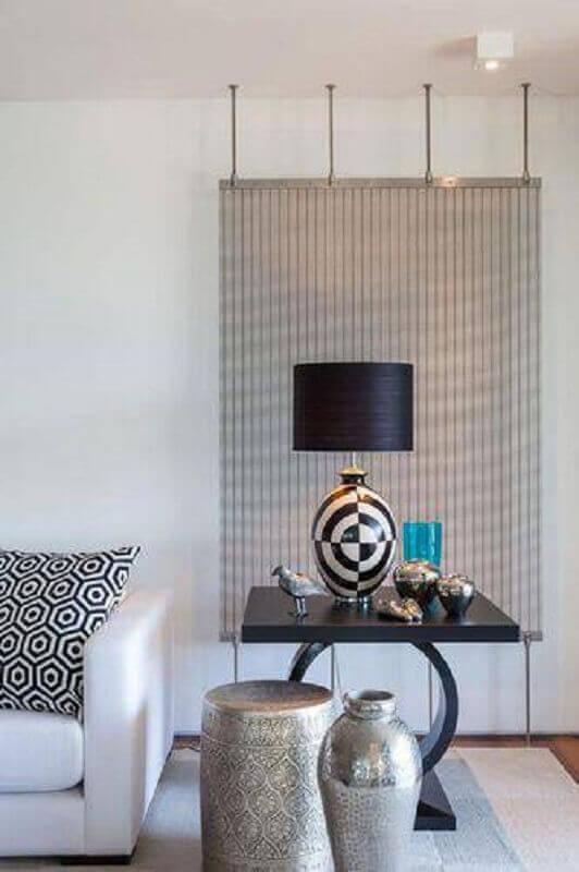 abajur preto para sala com decoração clean