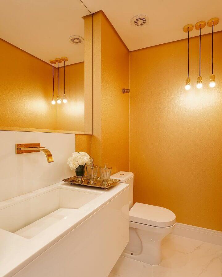 cores quentes para decoração de banheiro moderno planejado  Foto Monise Rosa Arquitetura