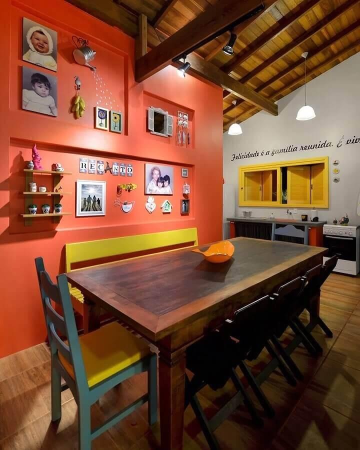 cores quentes para decoração de sala de jantar simples Foto Arquitetando Ideias