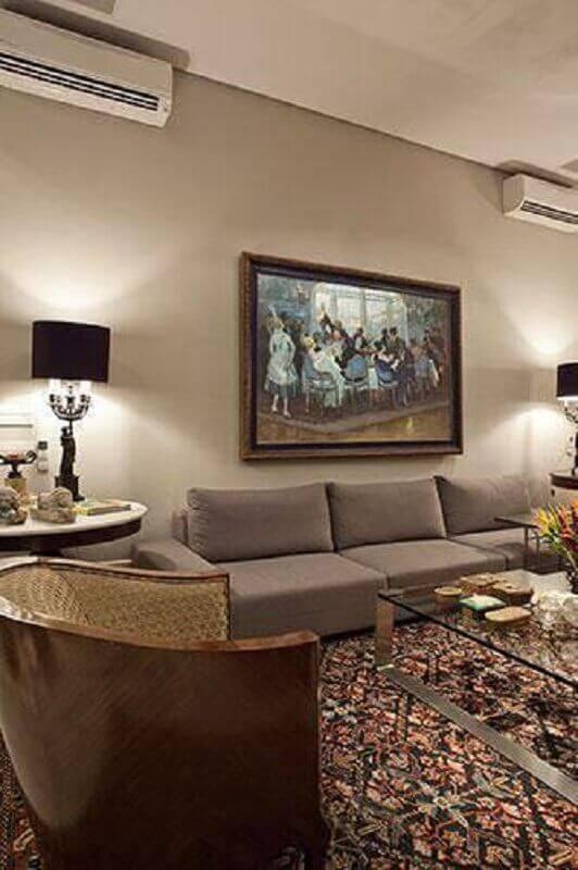 sala com abajur preto