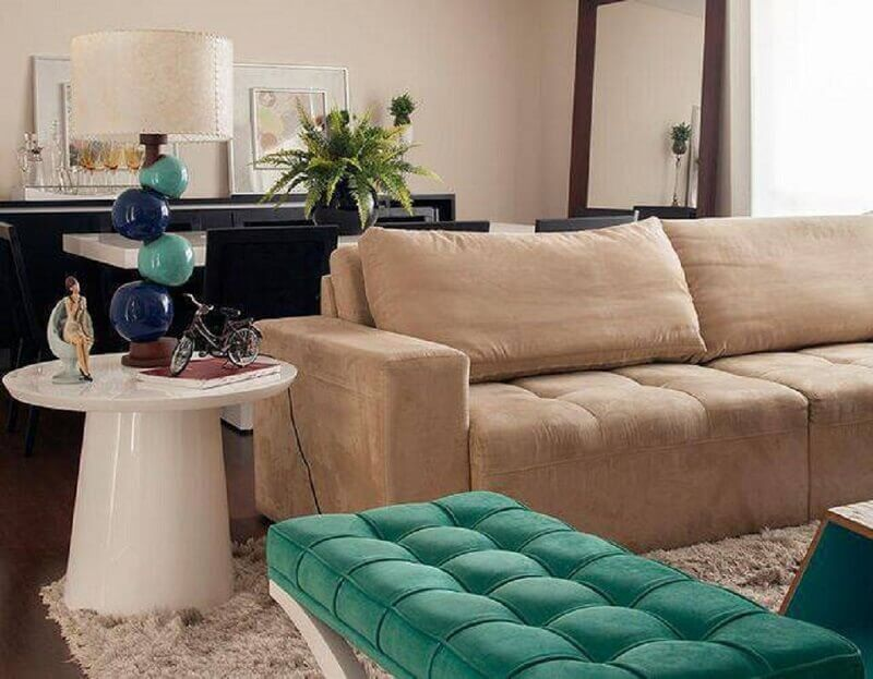 sala de estar com abajur charmoso