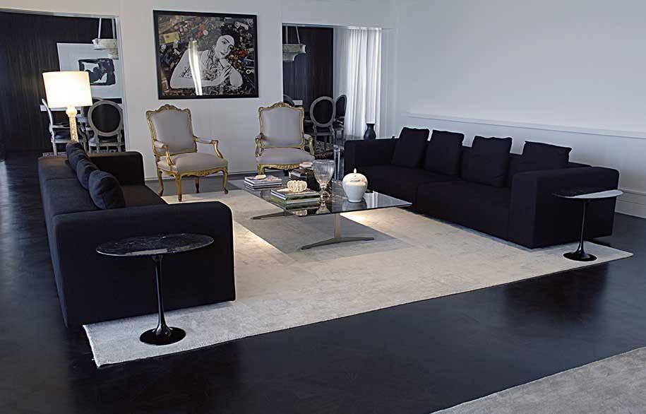 tapete branco retângulo sala preta e branco móveis pretos