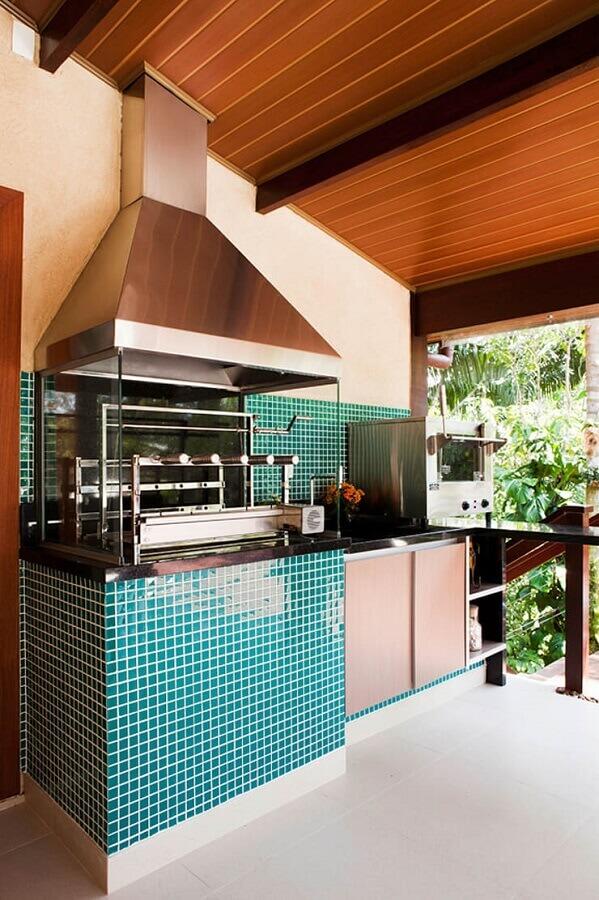 varanda gourmet decorada com pastilhas de vidro   Foto Infinity Spaces