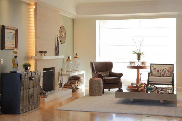 3287-sala de estar com piso laminado por cris paola arquitetura