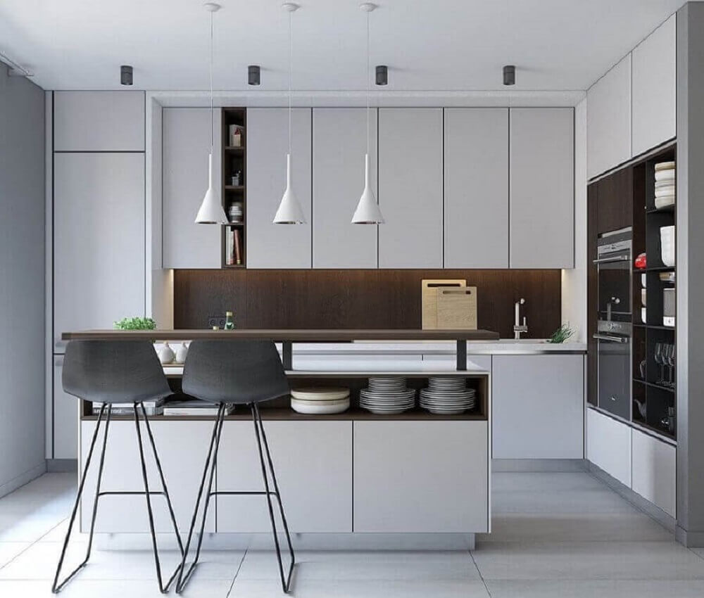Balcão de cozinha com nichos e armário