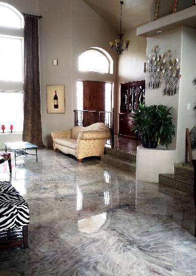 Piso de Porcelanato Liquido Epoxi ou 3D na sala de estar