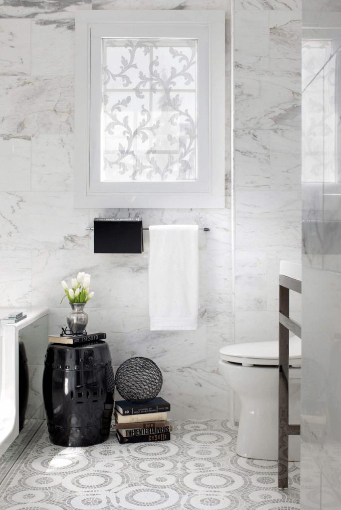 garden seat no banheiro