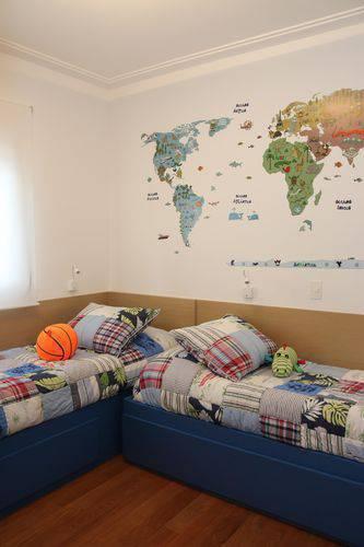 1426- quarto infantil com adesivos de parede de mapa mundi ark2 arquitetura
