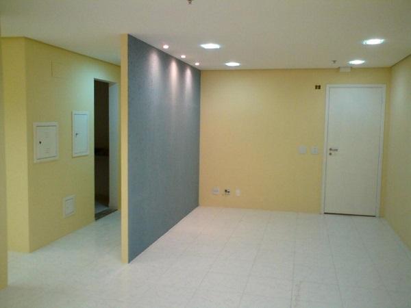 Parede drywall amarela