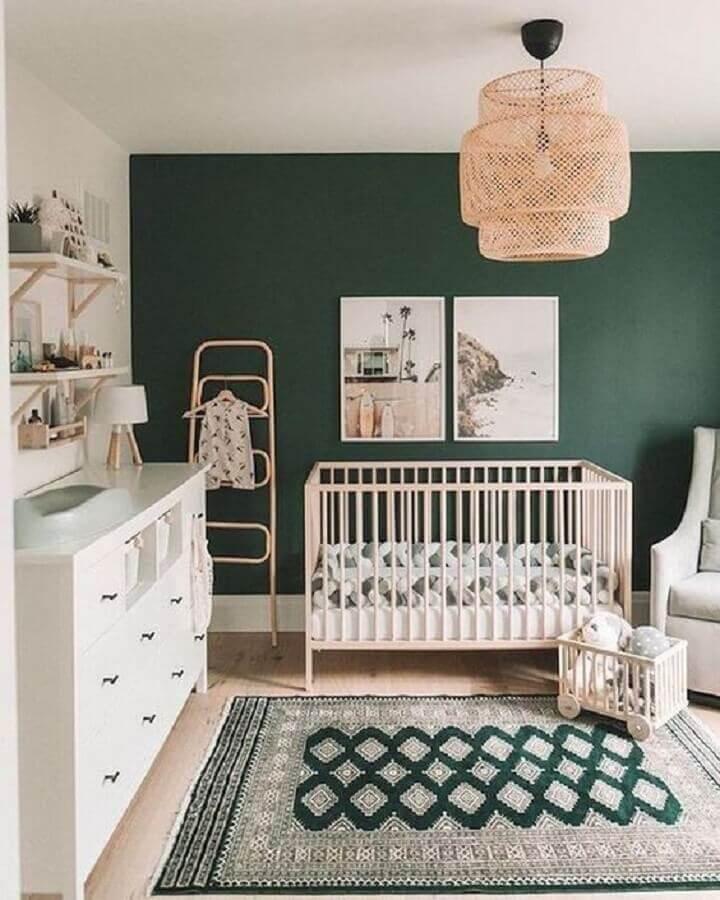 decoração com tapete para quarto de bebê verde e branco Foto Behance