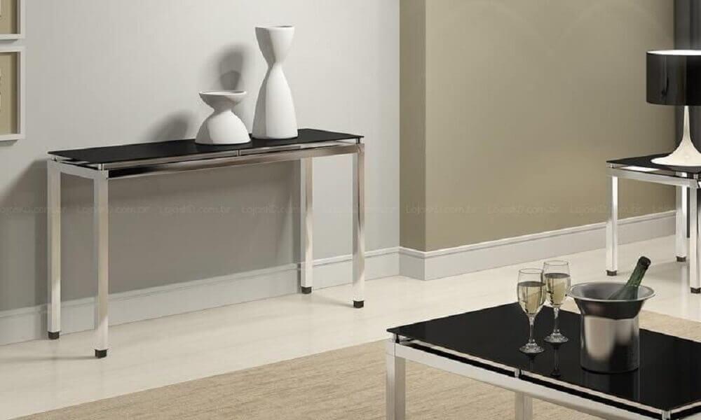 decoração sala com aparador de metal
