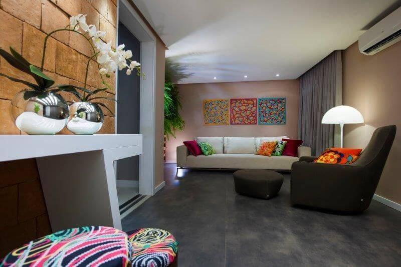 orquideas sala de estar com spots dm arquitetura 41361