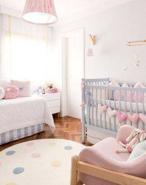 tapete para quarto de bebe rosa