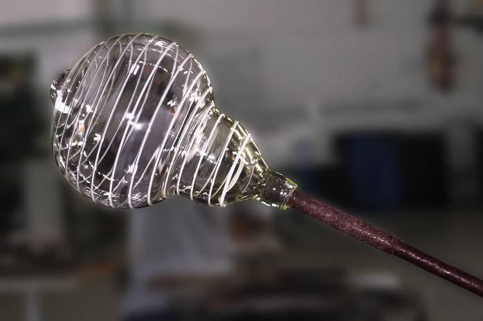 Entre as novidades da Taschibra, estavam as luminárias em vidro artesanal produzidas pela pela Glax Vetreria, com a técnica italiana de sopro.