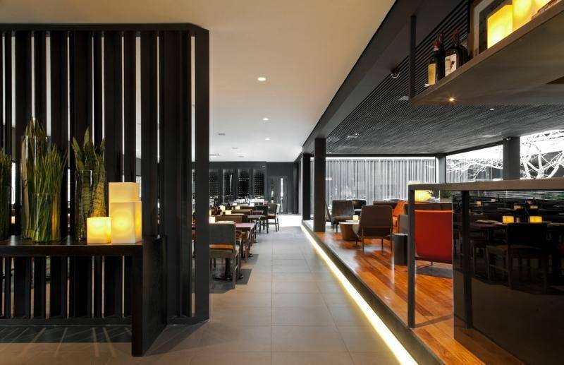 lampadas de led restaurante roberto migotto 91728