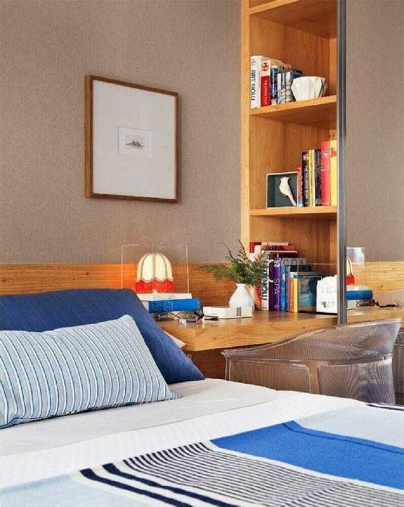 nichos de madeira para quarto decorado