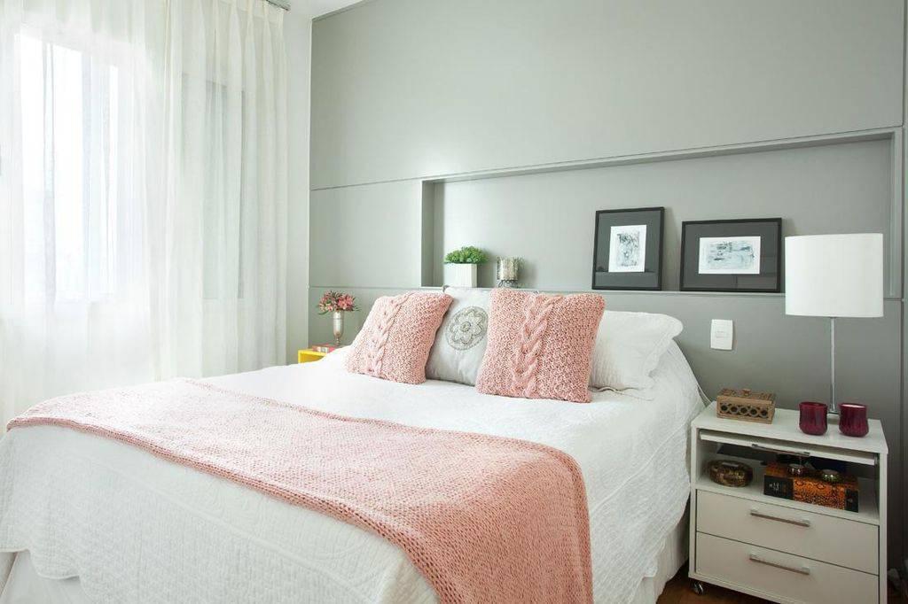 nichos embutidos para quarto de casal