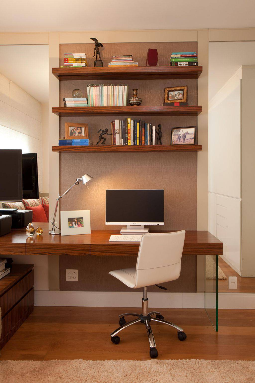 prateleiras home office studio novak 3401