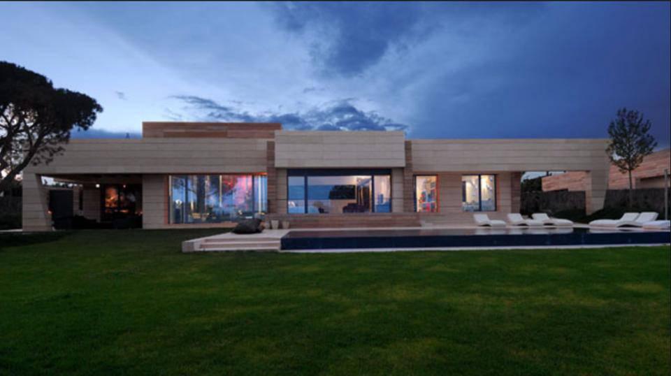 Casa de jogadores - Cristiano Ronaldo piscina bonita