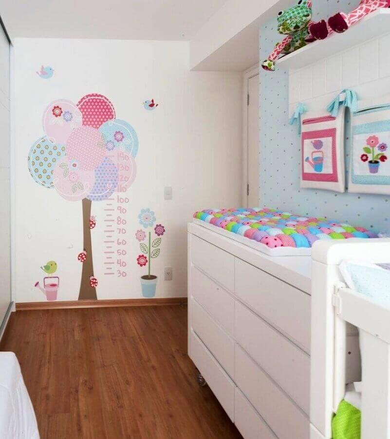 adesivos para quarto de bebê em formato de árvore Foto Levitrabook
