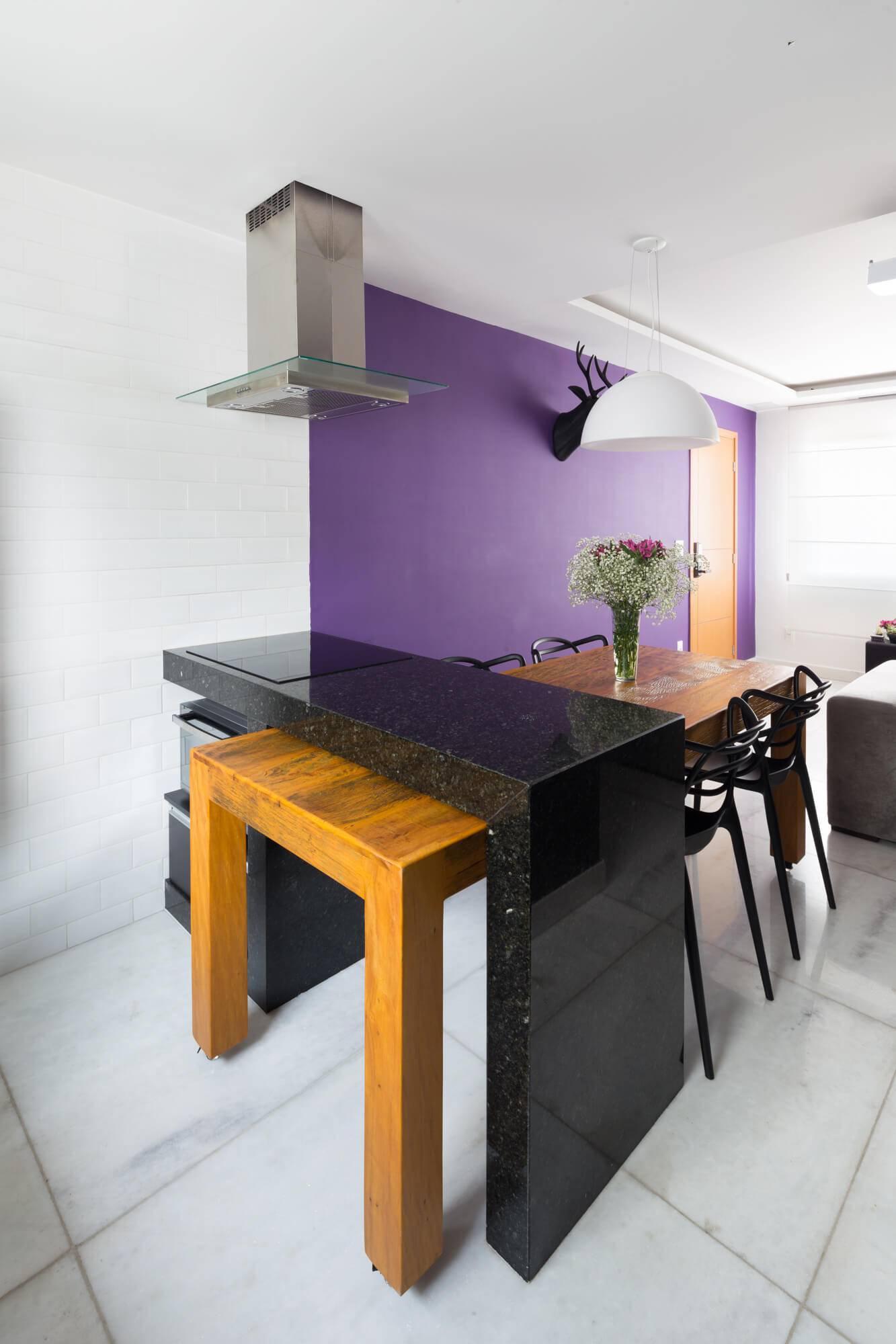 apartamento decorado bancada de granito Foto por Gabriel Castro