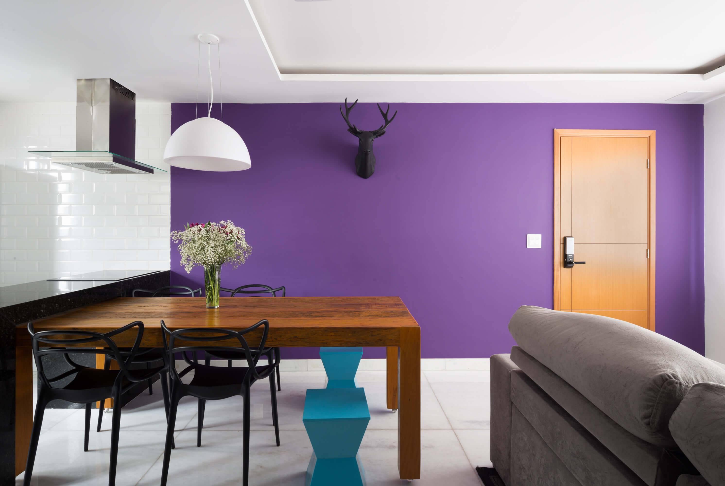 apartamento decorado mesa ajustável Foto por Gabriel Castro