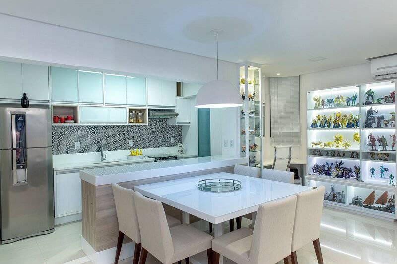 armario de cozinha vidro e madeira branca milla holtz 130023