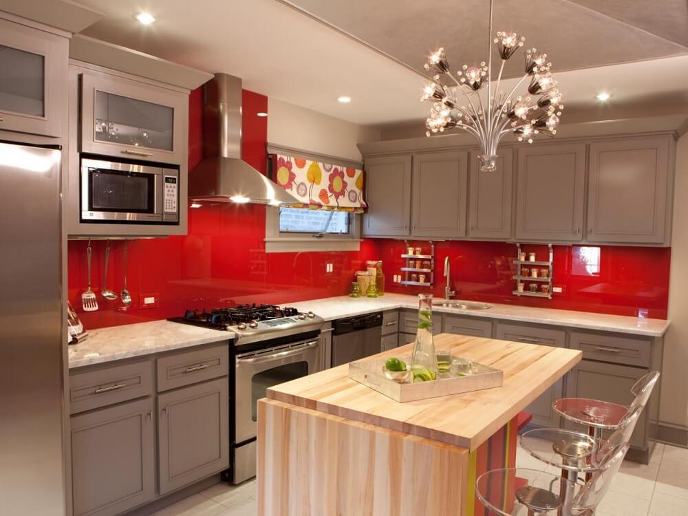 cozinha vermelha e aço inox