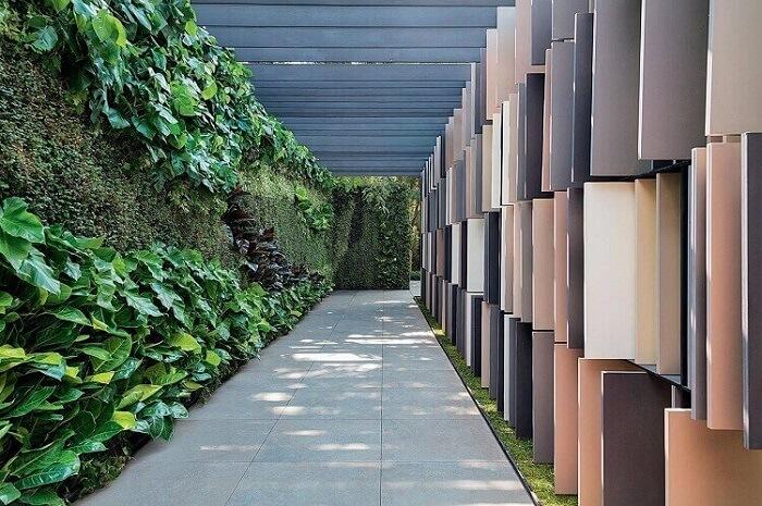 Jardim vertical extenso