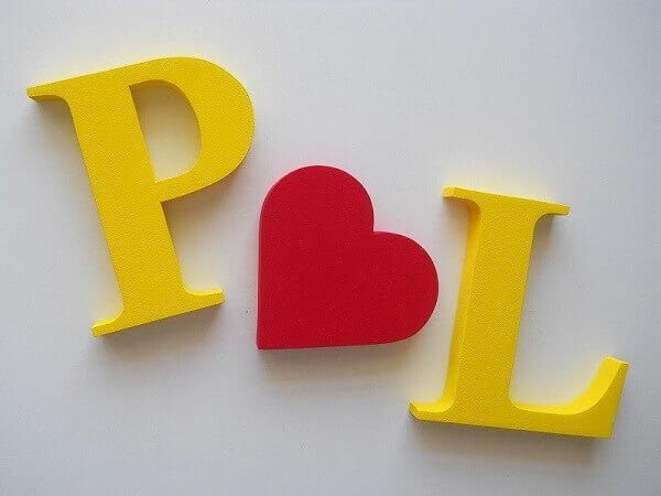 Letras em MDF para decoração de dia dos namorados