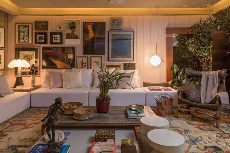Decoração sala de estar em casa de campo