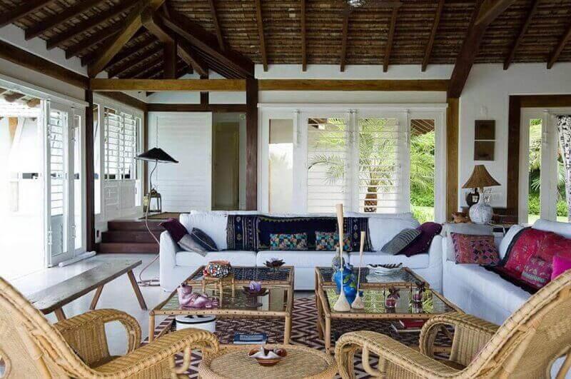 Sala de estar em casa de campo