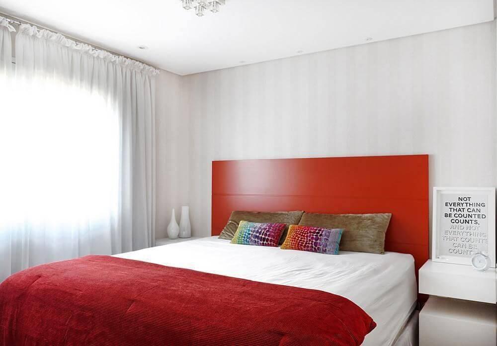 cores para quarto de casal com cabeceira vermelha elen saravalli 24479
