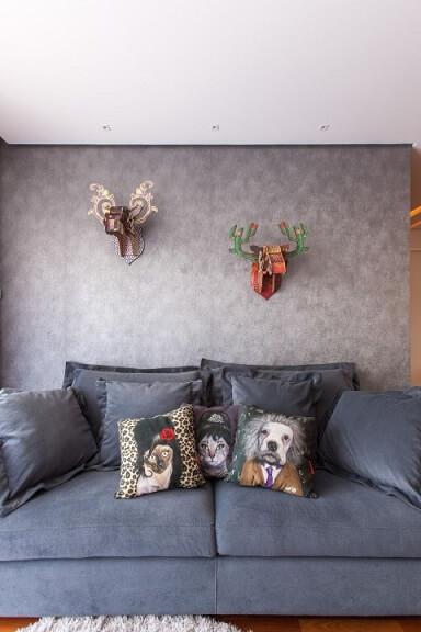Sala com textura de parede Projeto de Liane Martins